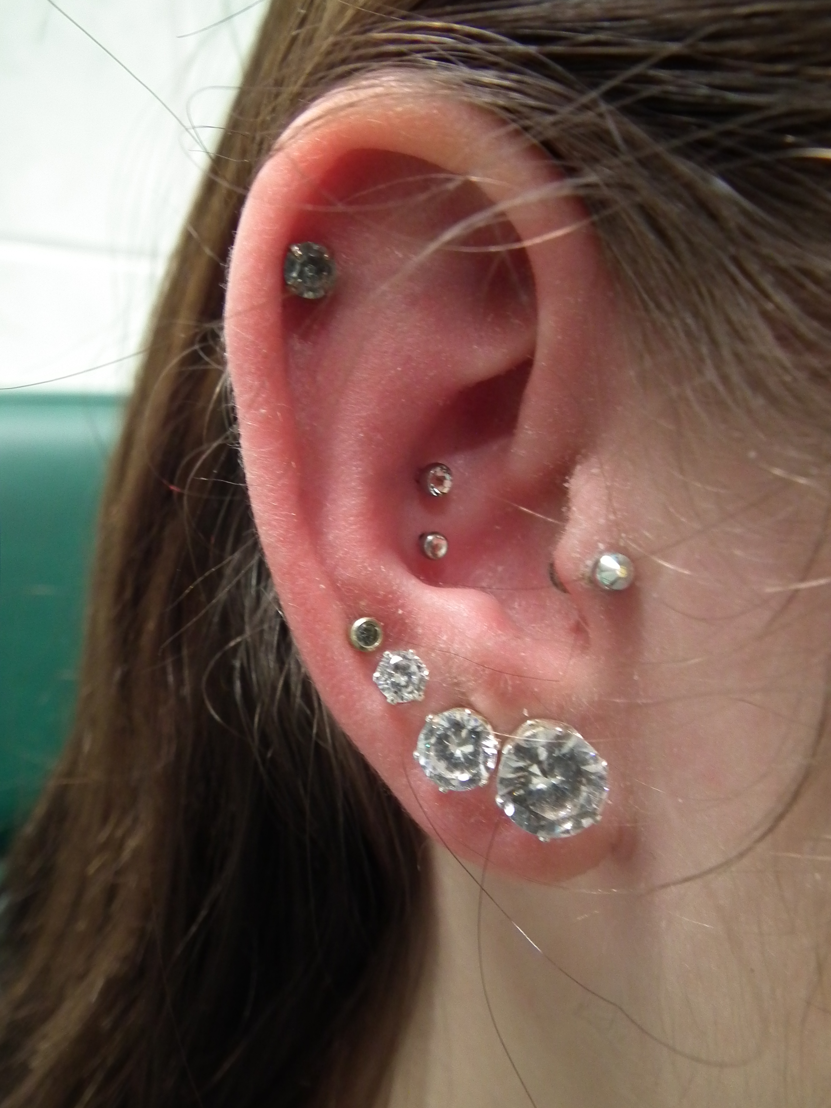 Piercing; Ohr; Conch; Helix;