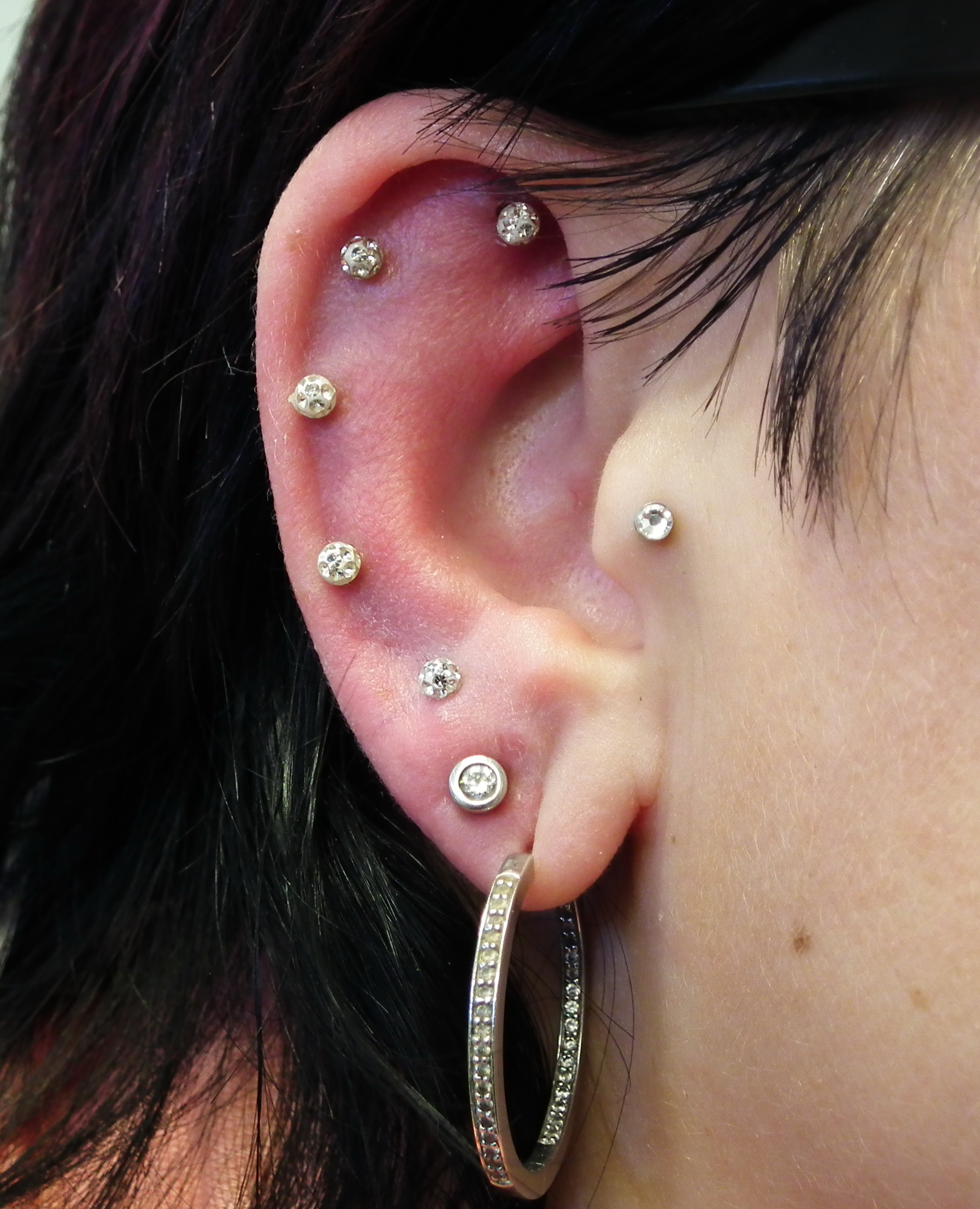 Piercing, Ohr; Helix