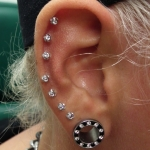 Piercing; Ohr; Helix